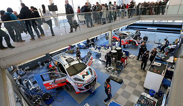 Hyundai Shell World Rally Team si prepara al Rally di Svezia