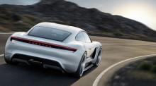 Porsche Mission E, la rivoluzione elettrica
